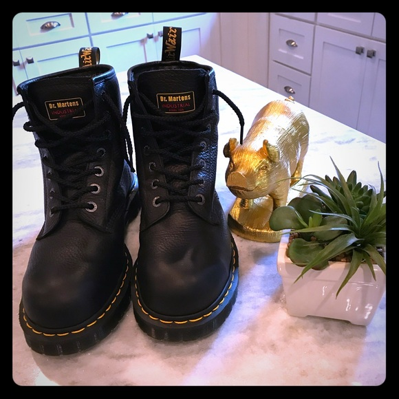 698905aee80 Doc Martens Steel Toe Boots ICON 7B10 (10M) New!